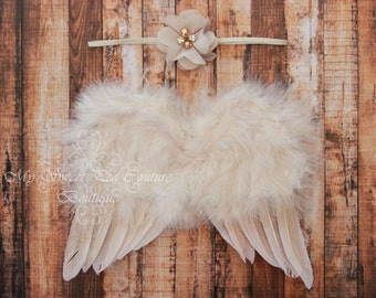 Reign Golden Feather Wing Set- Beige Feather Wings- Newborn Wing Set- Baby Angel Wings- Newborn Photo Prop- Photo Prop- Photography Prop