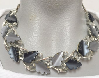 Vintage Grey Leaf Thermoset Necklace (retro 50s 60s choker fall autumn light dark gray plastic cabochon silver tone pinup)