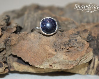 Blue Goldstone sterling silver cabochon ring, UK size M US 6.5
