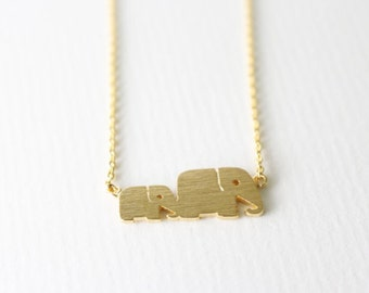 Baby and mother elephant - Gold