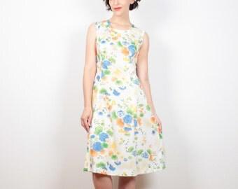 Vintage 70s Dress Ivory White Floral Print Midi Dress Knee Length Sheath Dress 1970s Dress Hippie Dress Floral Sundress M Medium L Large