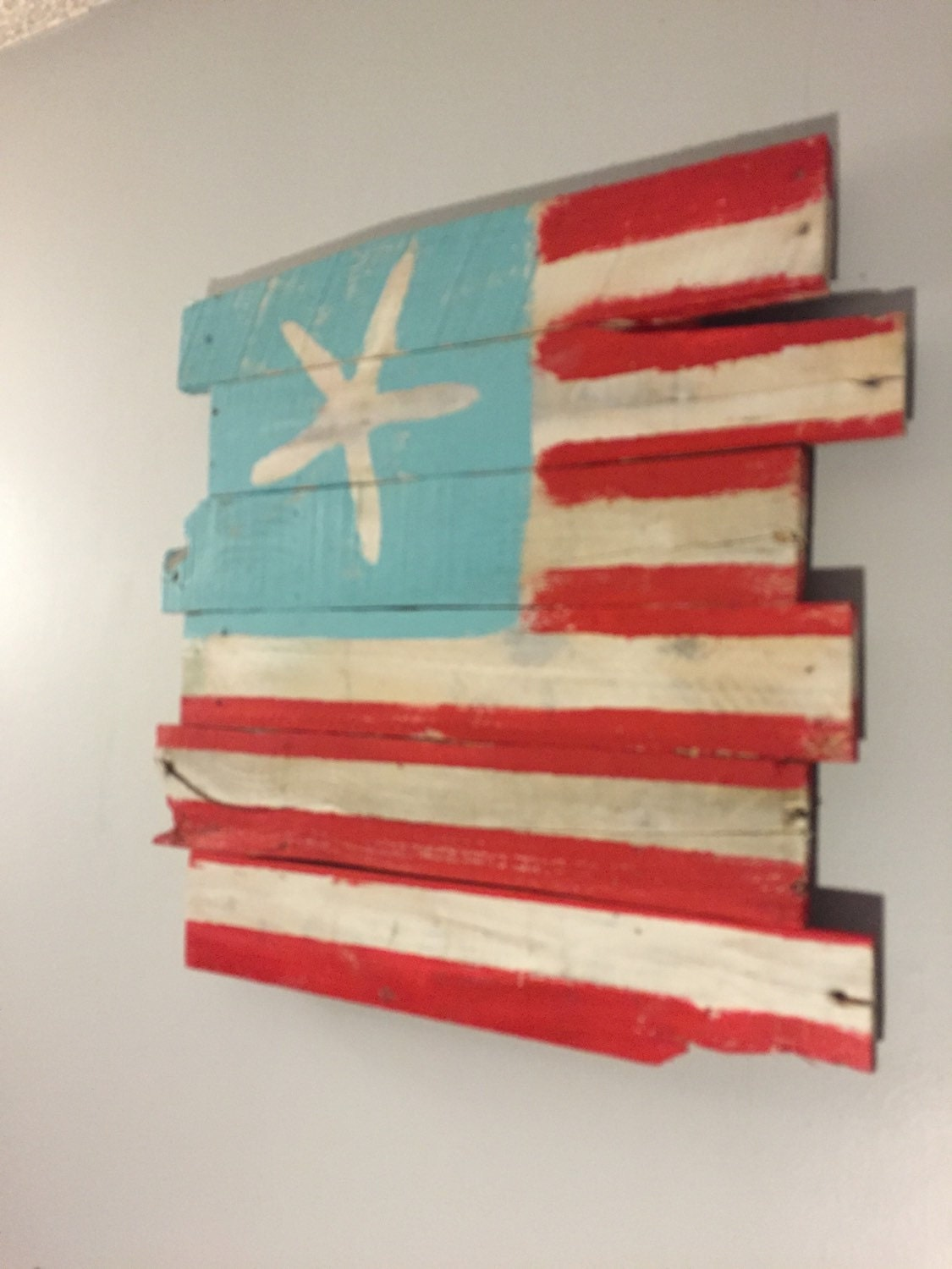 beachy american flag wall hanging reclaimed wood 24 x. Black Bedroom Furniture Sets. Home Design Ideas