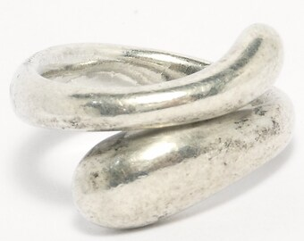 Elsa Peretti Tiffany & Co. Teardrop Sterling Silver Ring