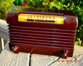 BLUETOOTH MP3 Ready - Post WWII 1952 Wards Airline Model 05BR-1525C AM Brown Bakelite Tube Radio Totally Restored!