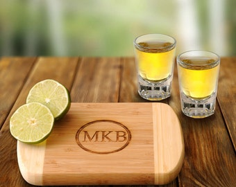 Personalized Bamboo Bar Board with 2 Shot Glasses (GC1016)