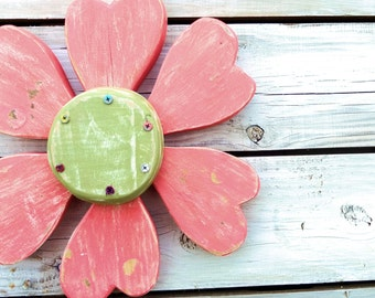 Wooden Wall Art, Rustic Wall Decor, Heart Flower, Wood Wreath, Spring Wreath, Reclaimed Wood Wall Art, Wood Heart, Flower Wall Decor