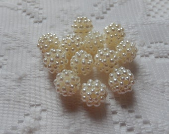 10  Ivory Cream Pearl Round Acrylic Bumpy Berry Beads  11mm