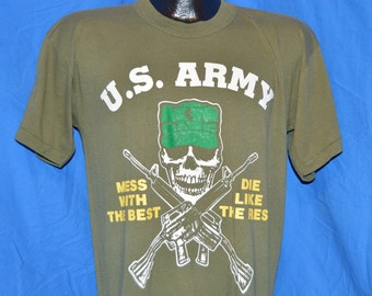 80s US Army Mess With the Best Dies Like the Rest Olive Drab Vintage t-shirt Medium
