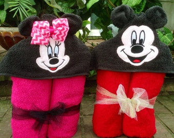 Personalized Mickey & Minnie Mouse Inspired Hooded Towel/ Minnie Mouse Towel/ Disney Towel/ Mickey Mouse Towel/ Minnie 3D Towel/ Mickey 3D