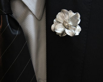 """Silver Metallic Men's Lapel Pin with Silver and Crystal Detail """"Luke"""""""