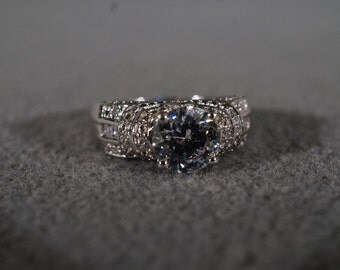 Vintage Sterling silver Multi Round Square White Topaz Bold Domed Band Ring, Size 9
