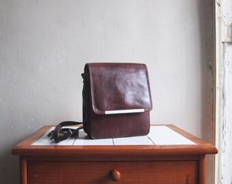 SALE Vintage Creazioni burgundy leather handbag hobo satchel shoulder cross body bag
