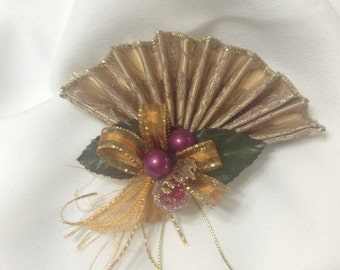 how to make a burlap bow for tree topper