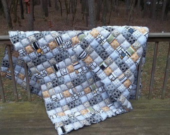 Queen Size Rag Puff / Biscuit Quilt - Beautiful Warm and Cozy Rag Quilt