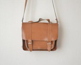 mini brown leather vintage messenger shoulder bag 70s 80s
