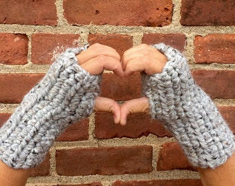 Chunky fingerless gloves/crochet gloves/wrist warmers