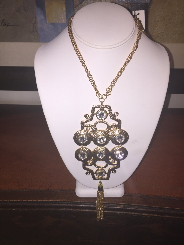 Vise Mari Zelda Necklace