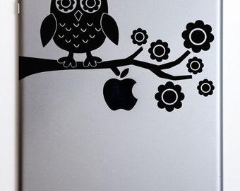 Owl on Tree Branch iPad/ iPad Mini Decal