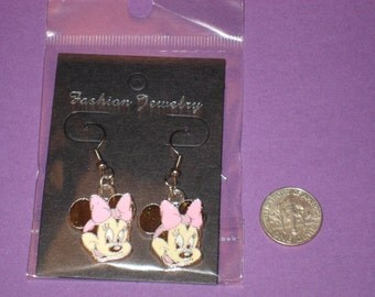 Minnie Charm Earrings - D