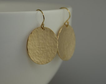 "Hammered Disc Earring. Hammered Circle Earrings. Gold filled Hammered 7/8"" Disc Earrings."
