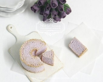 Yam Chiffon Cake with 2 Cut Slices-1/12 Dollhouse Miniature Scale