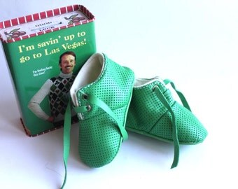 3-6 months  Slippers / Baby Shoes Lamb Leather Green dots