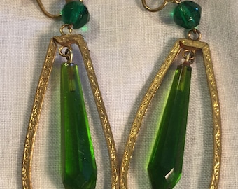 1920's Green Glass Drop Earrings Chandelier/Downton Abbey
