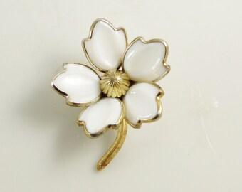 Crown Trifari White Glass Dogwood Flower Pin, Milk Glass