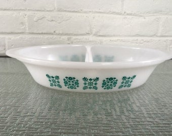 Glasbake by Jeannette Square Flower Divided Baking Dish