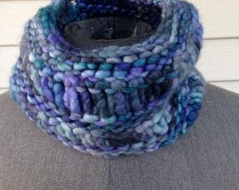 blue fashion cowl, Infinity scarf, infinity cowl, neckwarmer, circle scarf, hand knit cowl, chunky knit, scarf, cowl, Handknit, merino wool