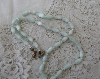 Glass bead necklace 1950's