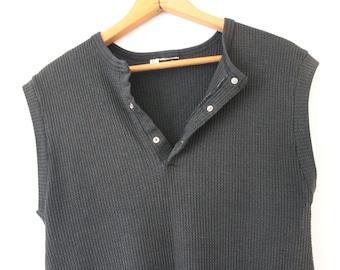 MEDIUM Vintage 1980s Black Textured Soft and Thin Sleeveless Tank Top