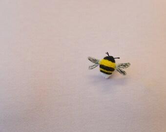 """Brooch """"Bumblebee"""" wool felt"""