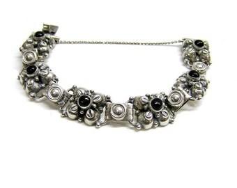 Vintage 1940s Mexican Silver bracelet Sterling Silver and Black Onyx Bracelet