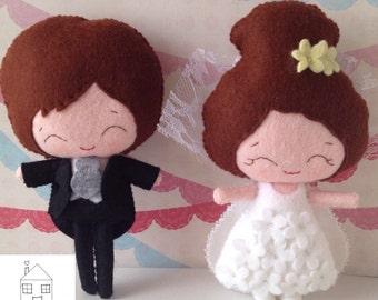 Bride and Groom Felt Wedding Dolls Cake Topper Decoration