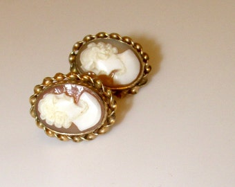 Vintage Carved Shell 12K GF Screw Back Cameo Earrings. Free Shipping