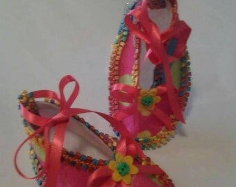 Beautiful hot pink baby slippers