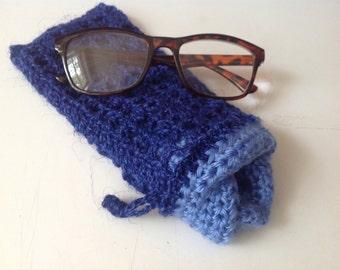 Eyeglasses case, blue