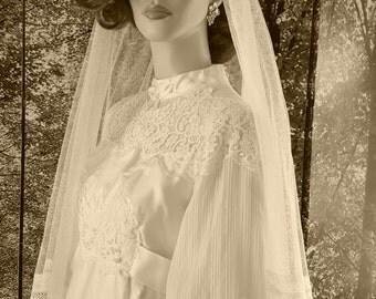 1940 Satin Ivory Vintage Wedding Gown