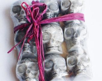 Skull Soap, Halloween Soap, Glycerin Soap, Melt and Pour Soap, Novelty Soap, Kids Soap, Decorative Soap, Scary Soap, Party Favors, Gift Soap