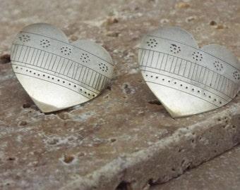 Vintage Native American Navajo Heart Earrings