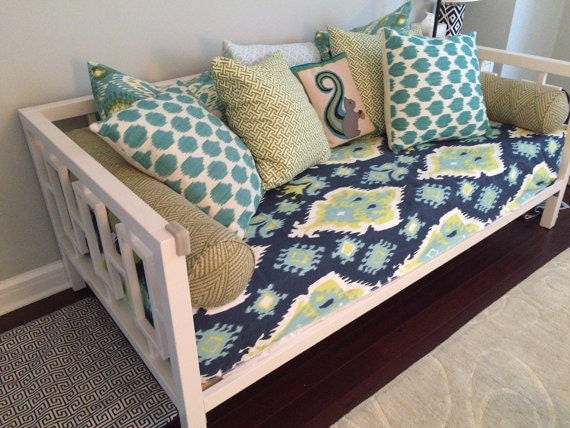 Fitted Daybed Complete Set Complete Daybed Set With Pillows