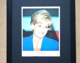"""Framed and Mounted Lady Diana Print - 16"""" x 12"""""""
