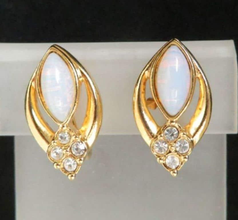 Vintage Avon Clip On Earrings Opal Amp Rhinestone Gold Tone