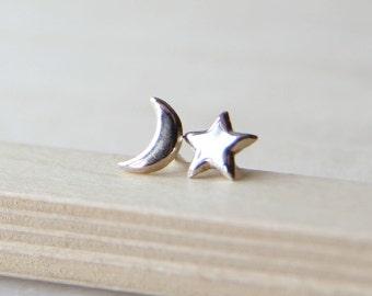Sterling Silver Moon and Star Stud Earrings. Crescent Moon Earrings.