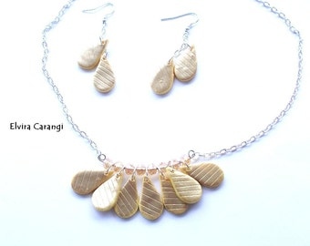 golden necklace + earrings