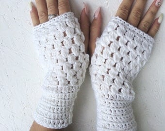 Fingerless Gloves, merino wool fingerless Crochet Arm Warmers white winter bridal gloves  wedding arm armer winter gloves, winter fingerless