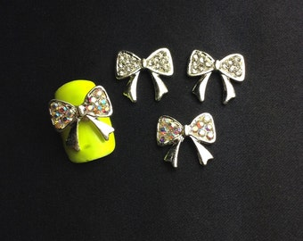 4 Alloy Bows Rhinestone And AB Color Nail Charms