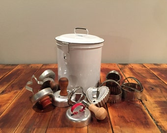 Metal Canister + Cookie Cutter Collection