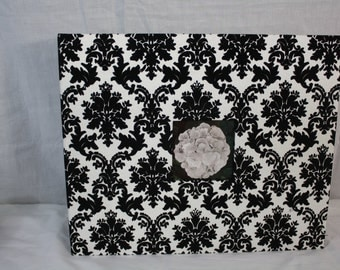 American Crafts Black/White Cloth Scrapbook D Ring Album Includes 10 Page Protectors